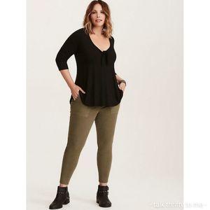TORRID   Utility Skinny Pants Size 18